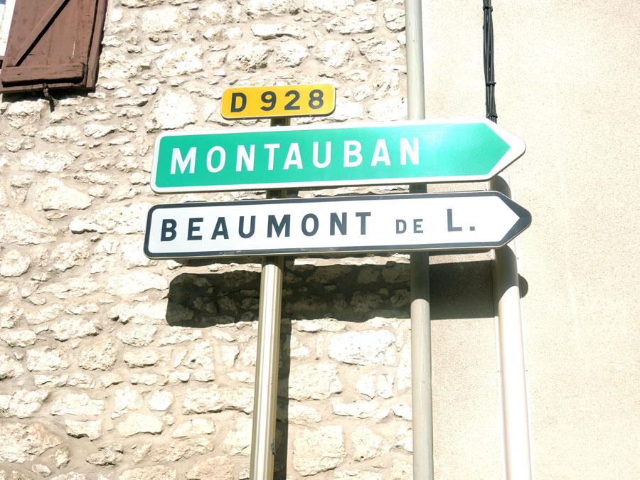 100 m plus loin, au stop, prendre toujours direction Montauban